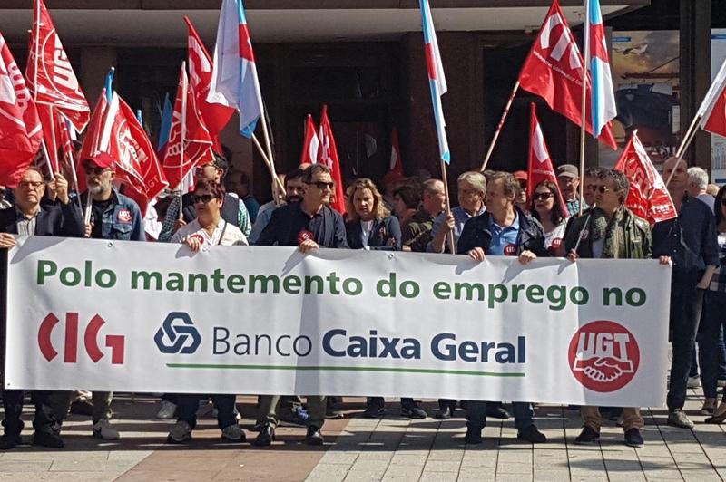 FeSMC Galicia rechaza la opacidad en la venta del Banco Caixa Geral